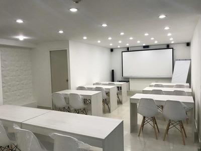 Salón Para Cursos De Capacitación Y Eventos Corporativos