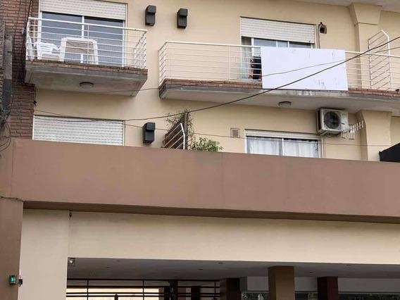 2 Amb 55 M2 Balcon A La Calle De Categ Bño Completo