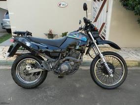 Xt600e Preta - Um Trator Que Brilha Como Novo