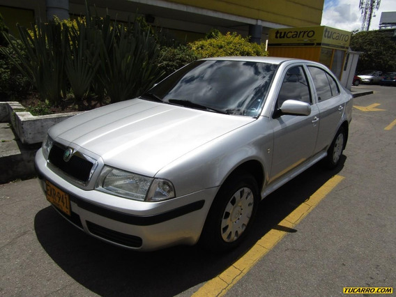 Skoda Octavia Classic 1.6 Tour Mt Sedan