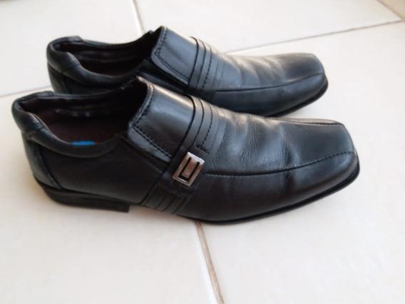 Sapato Social Infantil Nro. 35 Usado Uma Vez