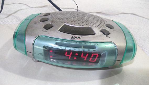 Rádio Relógio Com Sintonia Analógica Am/fm E Bivolt