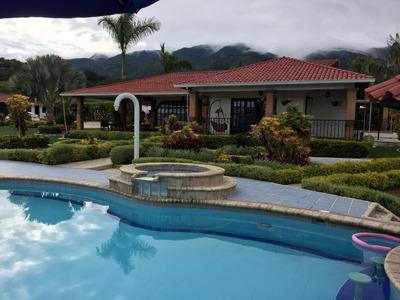 Se Vende Hermosa Finca Campestre En El Lago Calima