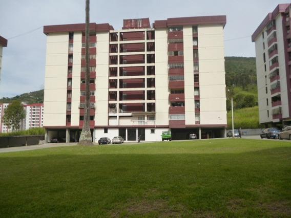 Apartamento En Venta Resd. Las Marias