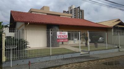 Casa Com 3 Dormitórios À Venda, 241 M² Por R$ 725.000 - Escola Agrícola - Blumenau/sc - Ca0290