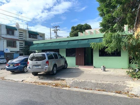 Casa Para Fines Comerciales Zona Universitaria
