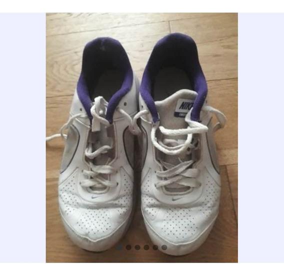 Zapatillas Nike Blancas. Talle 35