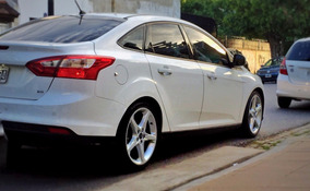 Ford Focus Se Plus Sedan Mt Como Nuevo Ni Una Marca!!