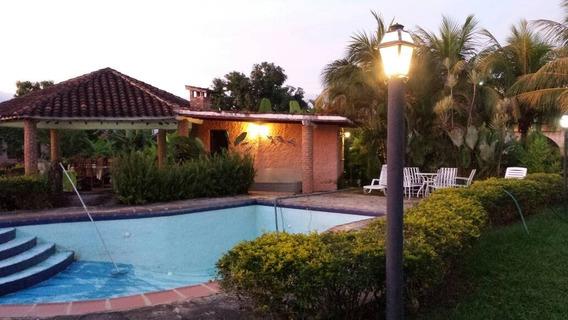 Negociable! Bella Casa En Safari Country Club, Carabobo. 041