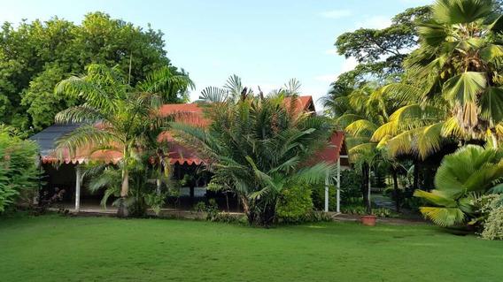 Hacienda Con Empresa De Eventos En Venta En Yaracuy #21-11184