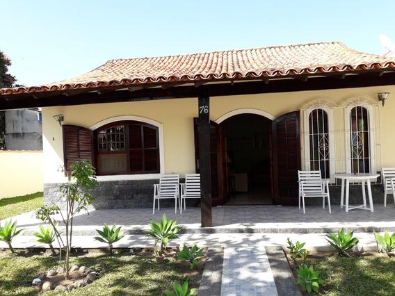 Casa Em Centro De Terreno Na Pontinha