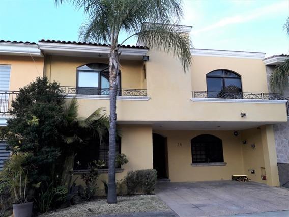 Magnífica Casa En Virreyes Residencial, Zapopan