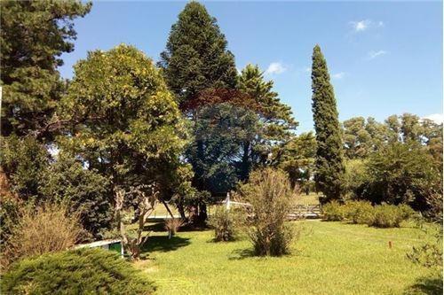 Casa En Venta Parque De 4400 M2 En Las Heras