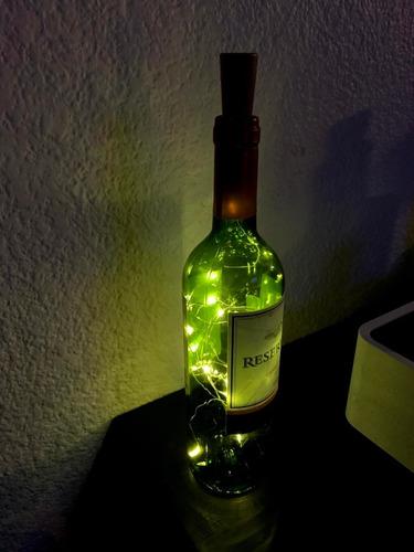 Imagen 1 de 2 de Lampara Led Botella De Vino