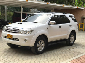Toyota Fortuner V Disel 3000 4x4 Automatica Refull
