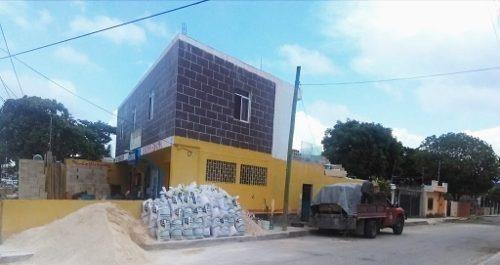 Edificio De Locales Comerciales, Salón De Eventos Y Estudio En Venta Av. Prolongación Tulúm Sm 75 Ca