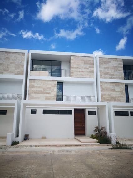 Casa En Venta En Cancun Residencial Aqua
