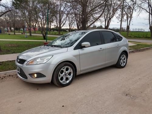 Vendo O Permuto Ford Focus Ii 2013 1.8 Exe Sedan Tdci Ghia