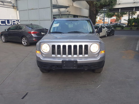 Jeep Patriot 2.4 Sport Gris $234,000.00