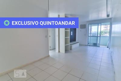 Apartamento No 2º Andar Mobiliado Com 2 Dormitórios E 1 Garagem - Id: 892867174 - 167174
