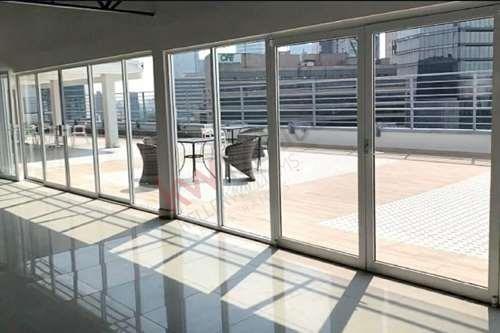 Imagen 1 de 9 de Oficina En Renta Melchor Ocampo (oficina 204)