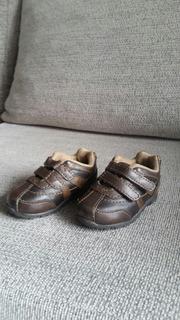 Zapatillas De Cuero T18