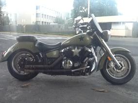 Yamaha Vstar 1300cc. Mod. 2007.