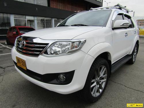 Toyota Fortuner 4x2  2.7