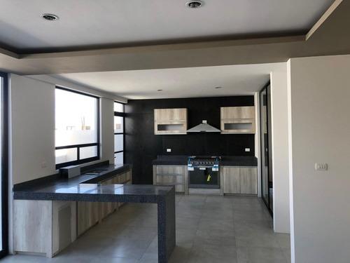 Imagen 1 de 18 de En Renta Preciosa Casa En Zibatá, 4 Habitaciones, Roof Garde