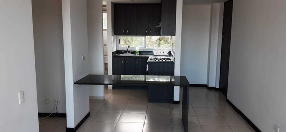 Apartamento En Venta En Sabaneta- La Holanda