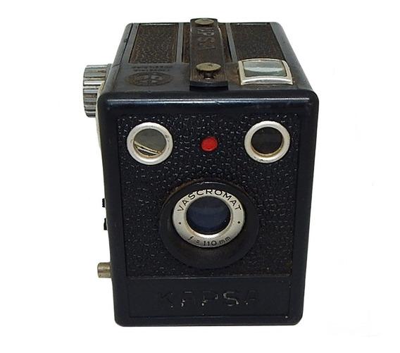 Antiga Máquina Fotográfica Kapsa Pinta Vermelha