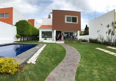 Casa A La Venta Dentro De Fracc. Con Vigilancia En Real Tetela, Ahuatlan
