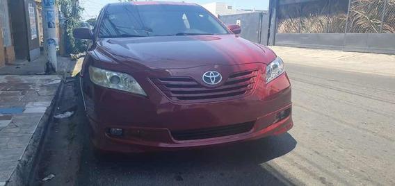 Toyota Camry Rojo