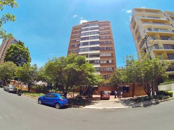 Apartamento En Venta El Nogal Mls 20-466 Frg