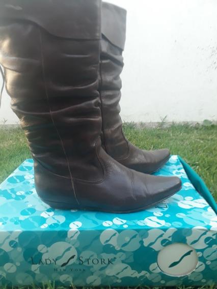 Calzado. Botas