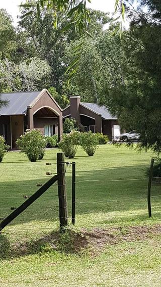 Casa En Barrio Chacras De Abbott - Sobre Lote De 1ha