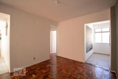 Apartamento No 9º Andar Com 2 Dormitórios E 1 Garagem - Id: 892932789 - 232789