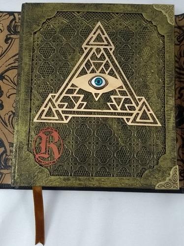 Imagem 1 de 10 de Grimório Maçom Illuminati  Artesanal  Olho E Pirâmide