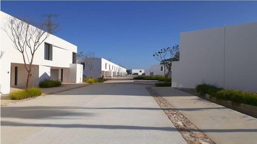 Imagen 1 de 18 de Casa En Venta Privada Mérida - Cholul