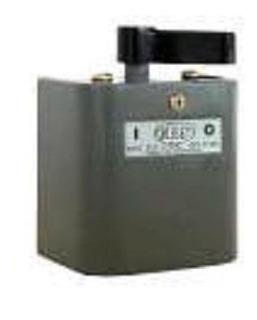 Interruptor Monofásico 24a En Caja Elibet 302t