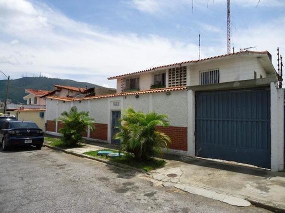 Casa En Venta. Lomas De La Trinidad Mls #20-16147