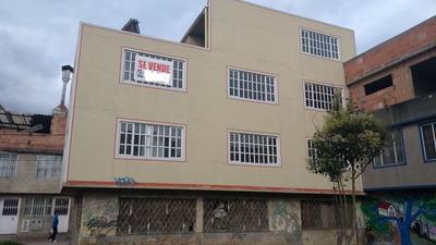Casa De Tres Frentes Bosa San Martin 6x12m2