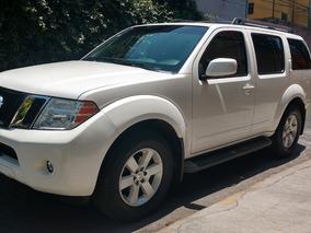 Nissan Pathfinder Premium Piel P/arrastre 4x2 At