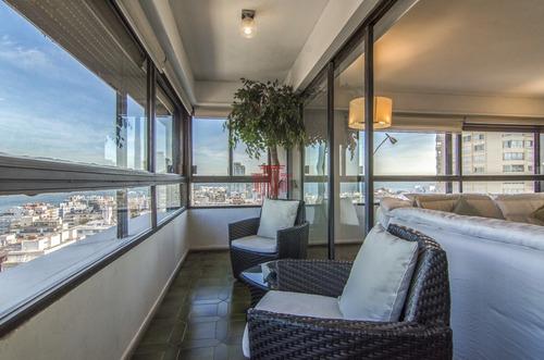 Oportunidad !!!  Semi-piso   Financiado  En Punta Del Este !!- Ref: 10756