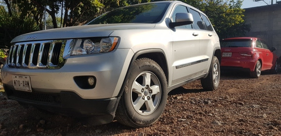 Jeep Grand Cherokee Laredo V6 Lujo 4x2 At 2011