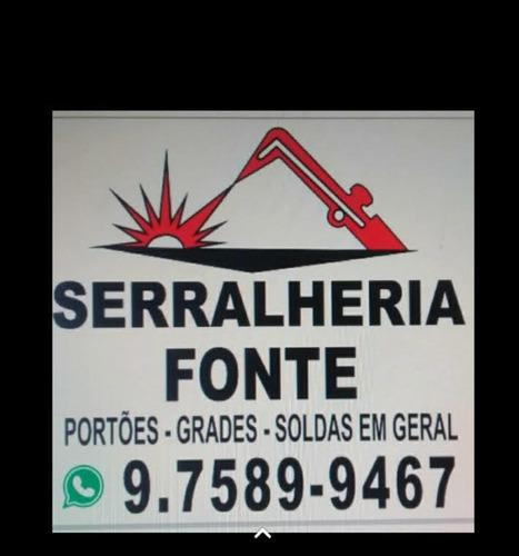 Imagem 1 de 1 de Serviços De Serralheria