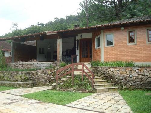 Casa Para Venda Em Teresópolis, Comary, 5 Dormitórios, 1 Suíte, 3 Banheiros - Cs1659_2-399750