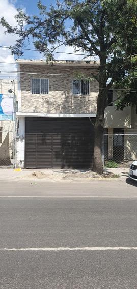 Rento O Comparto Casa Y/o Oficina Centrica Avenida
