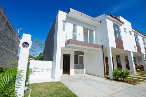 Nueva Casa En Prados De La Montaña, Seguridad 24/7