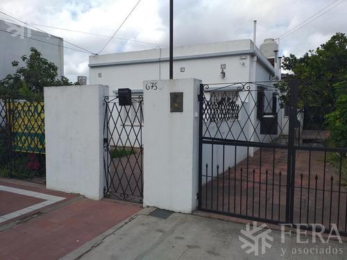 Venta De Departamento Tipo Casa Ph 2 Ambientes En Bernal (11583.0)